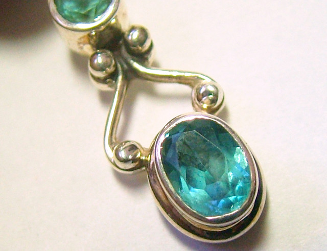 BLUE TOPAZ FACETED  SILVER PENDANT - 24 CTS  ADK-138