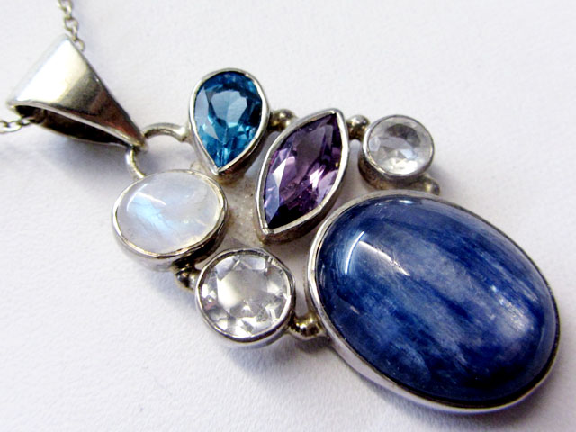 Kyanite n gemstone Pendant MJA 284
