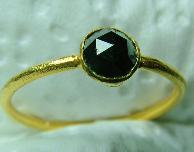 5.9  CTS BLACK DIAMOND ROSE CUT S-7 RING  SG-405