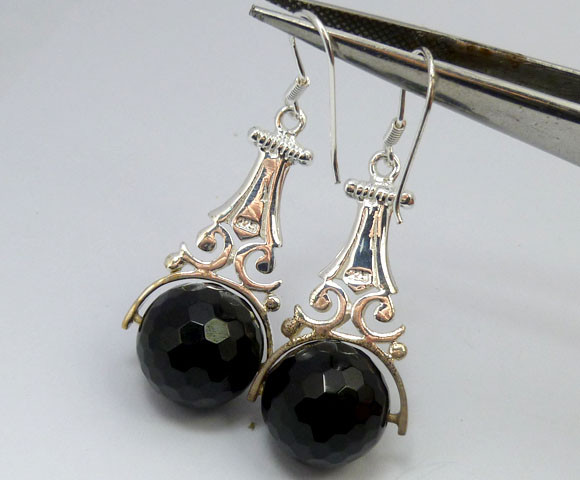 FACETED BLACK ONYX EARRINGS  RT 1205