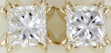 Australian 9ct  Gold Classic Diamond Earrings .20 ct  JAO 27