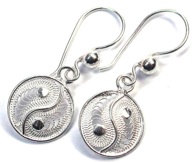 UNIQUE FILIGREE SILVER EARRINGS 12.15 CTS [SJ1304]