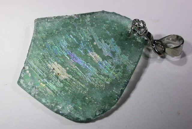 11.40 CTS ANCIENT ROMAN GLASS  PENDANT  WITH BAIL [SJ2982 ]