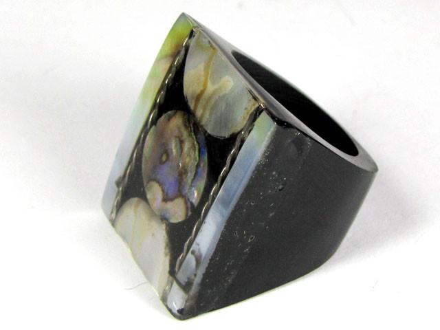 PEARL SHELL INTARSIA RING SIZE 7.5   AAT 1691