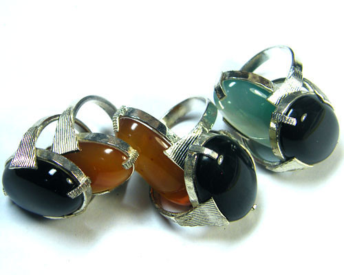 PARCEL 6 PCS NATURAL AGATE RINGS  TR 345