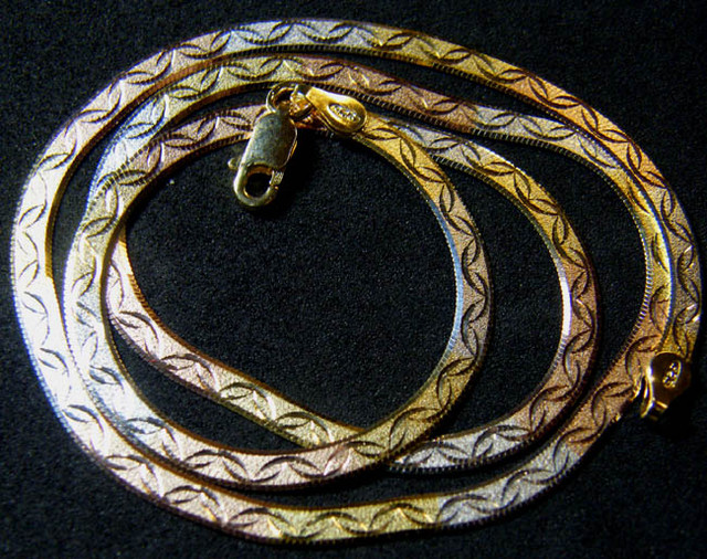 TRI-TONE GOLD PLATING SILVER CHAIN 35 CTS [CS4]