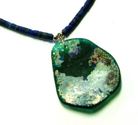 ANCIENT GLASS NECKLACE WITH LAPIS 31.55 CTS [GT 1533]