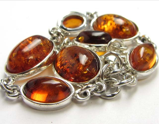 48 cts NATURAL  BALTIC AMBER BRACELET  MGMG  214
