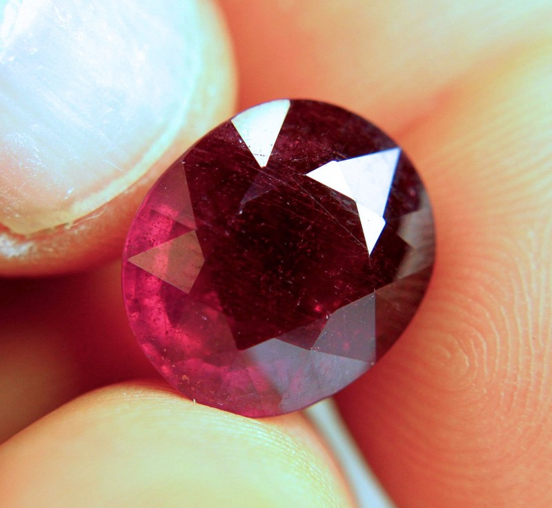 13.0 Carat Fiery Ruby - Gorgeous