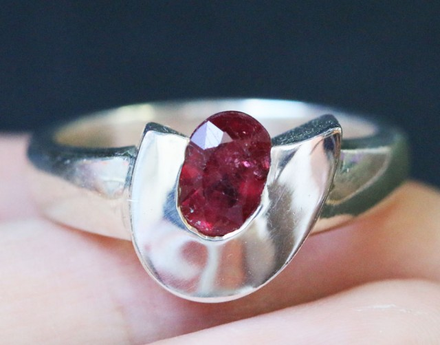 Natural  Red Ruby in Silver Ring Size7.5  BU1502