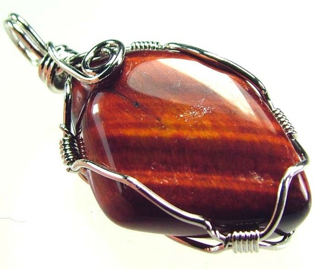 RED TIGER EYE PENDANT 25.15 CTS [GT392 ]