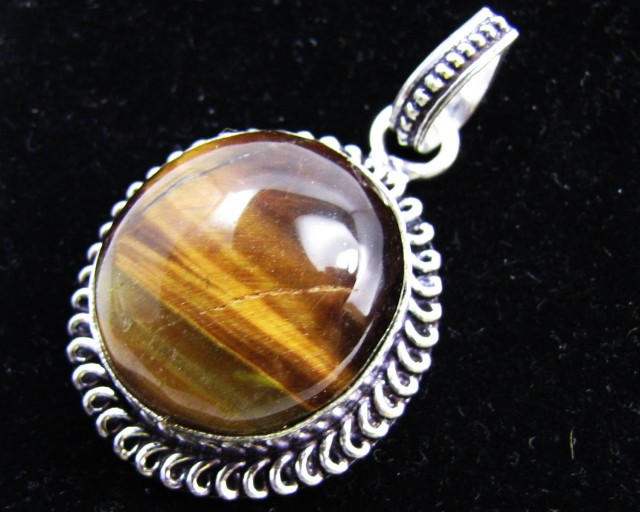 127 Cts large  Tiger eye Pendant MJA 919