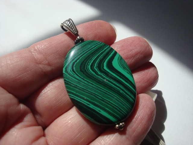 BEAUTIFUL MALACHITE PENDANT WITH STERLING SILVER BAIL