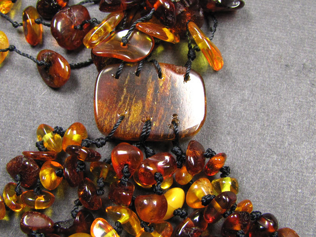8 STRAND BALTIC AMBER NECKLACE  174 CARATS  MYG 389