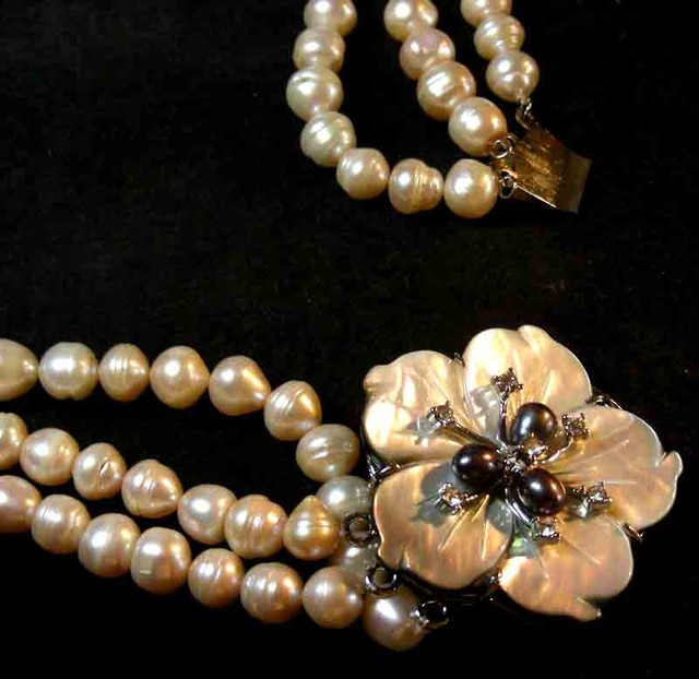 PINK HUES PEARL NECKLACE PLUS 12 FREE PEARLS 90688