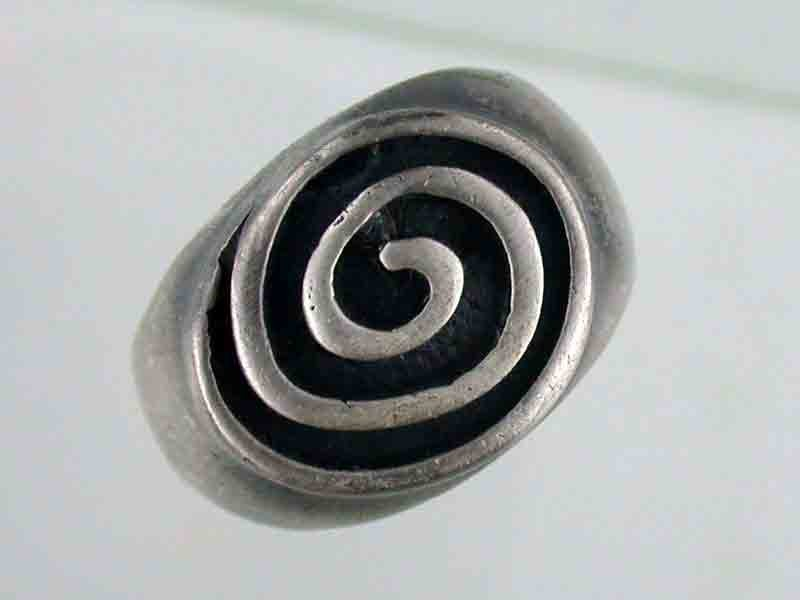 NATURAL PEWTER RING  PE 11