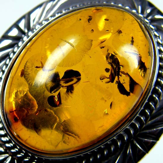 LARGE BALTIC AMBER RING SIZE 10 MYG1206