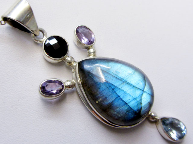 Labradorite and Gemstone Pendant   MJA 279