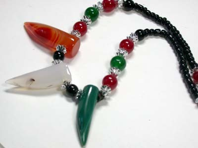 NEW TRIBAL TOOTH SHAPE AGATE NECKLACE    TR86
