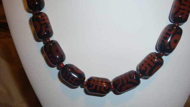 TRIBAL STYLE DZI AGATE NECKLACE