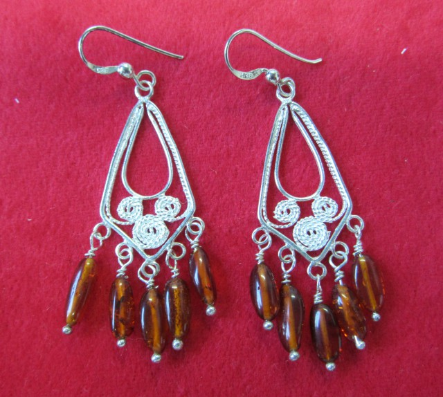 26Cts Amber Silver  Earring Sheppard Hook  AGR672