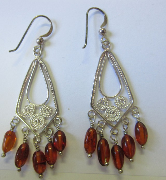 28 Cts Amber Silver  Earring Sheppard Hook  AGR676