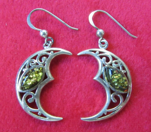29 Cts Amber Silver  Earring Sheppard Hook  AGR688