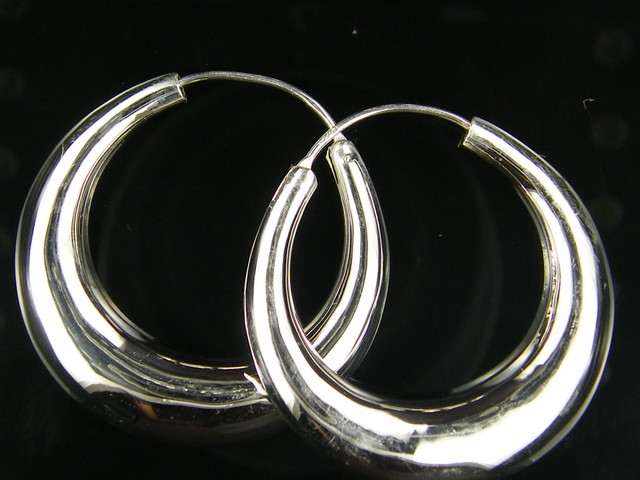 MODERN 20 MM  LOOP STERLING SILVER  EARRING    MYT 489