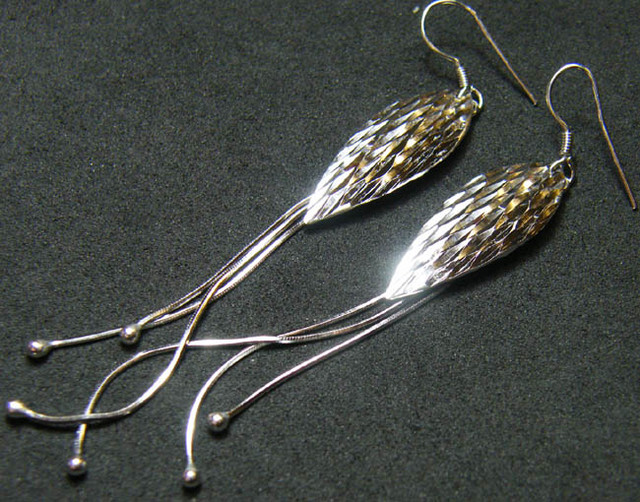 MODERN DESIGN STERLING SILVER EARRING 17.3 CTS[ES28]