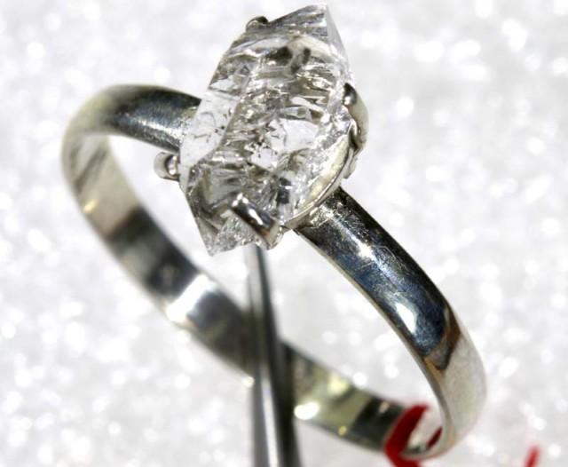 QUARTZ RING LIKE HERKIMER DIAMONDS  8.20CTS  TBJ-783