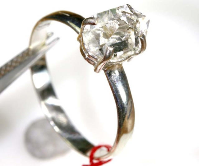QUARTZ RING LIKE HERKIMER DIAMONDS 7 CTS  TBJ-792