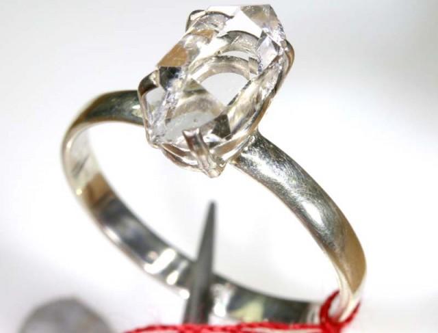 QUARTZ RING LIKE HERKIMER DIAMONDS 8 CTS  TBJ-793