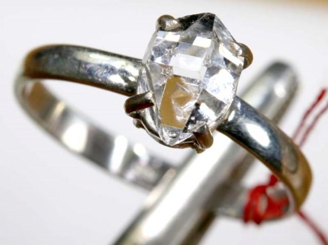 QUARTZ RING LIKE HERKIMER DIAMONDS 8 CTS  TBJ-797