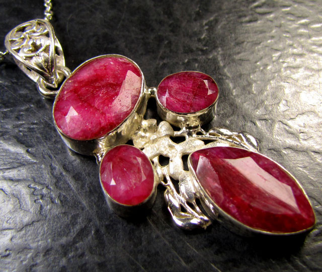 Free shipping cluster african ruby 925 silver pendant free shipping cluster african ruby 925 silver pendant rt173 aloadofball Choice Image