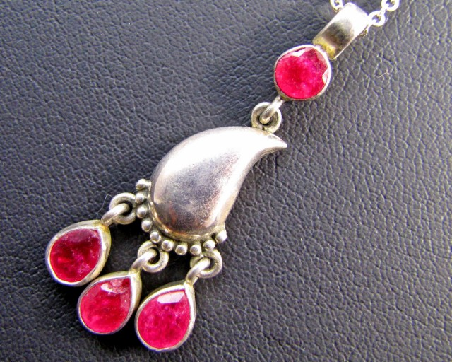 28 Cts Ruby set in Silver Pendant MJA 635