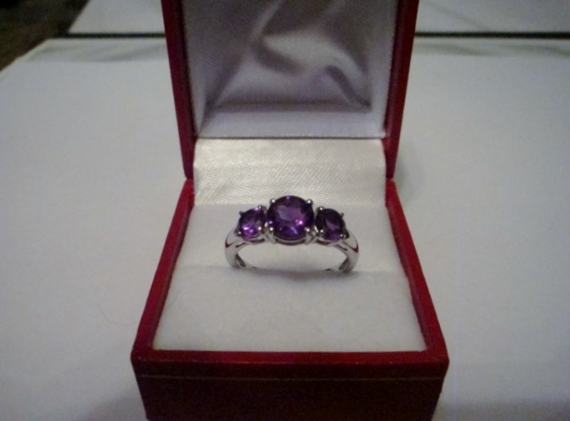 NEW!  2.05 CTW OF GENUINE AMETHYST RING  SIZE 8.5