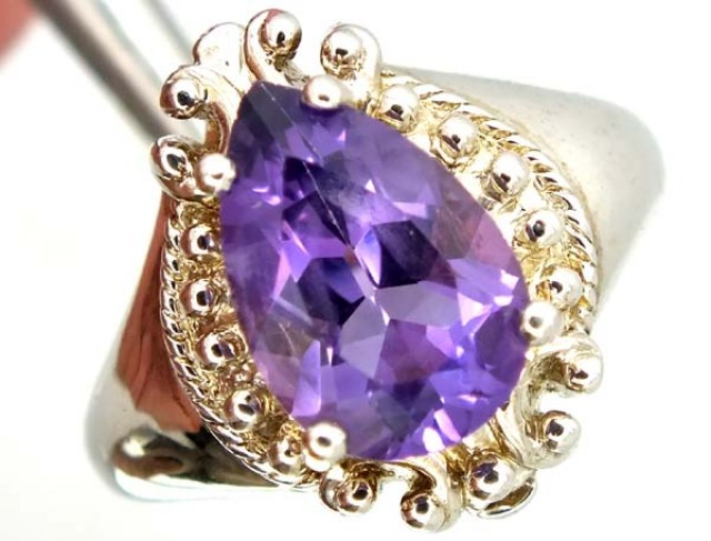 27.90 CTS AMETHYST  SILVER RING  SIZE-8    RJ-342