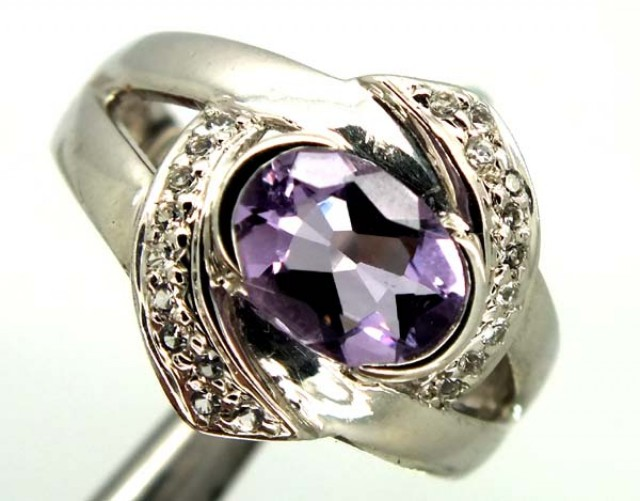 AMETHYST  SILVER RING  23 CTS  SIZE- 5.50   RJ-372
