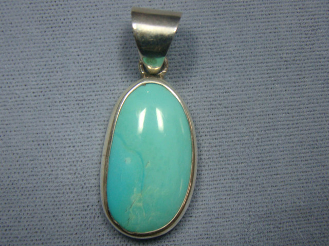 BEAUTIFUL TURQUOISE  INLAY PENDANT  JA-19