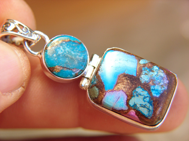 Turquise and Sterling Silver Pendant - Beautiful