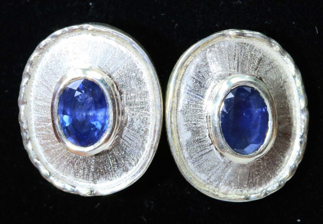 Sapphire set  Earrings,Pendant and Ring size 8.5   Bu1194