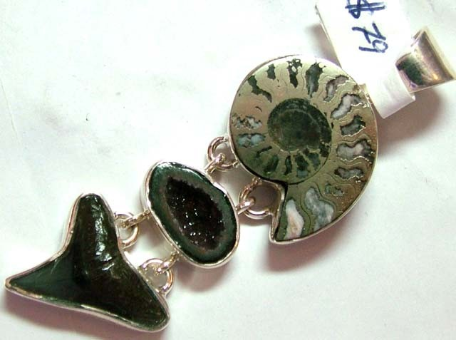 FOSSIL JEWELRY /SILVER PENDANT  70 CTS TBG-82