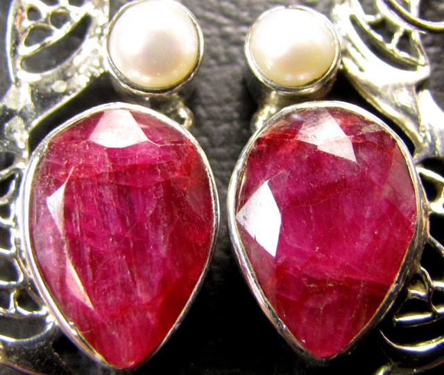 PEARL N LARGE AFRICAN RUBY 925 SILVER EARRINGS RT178