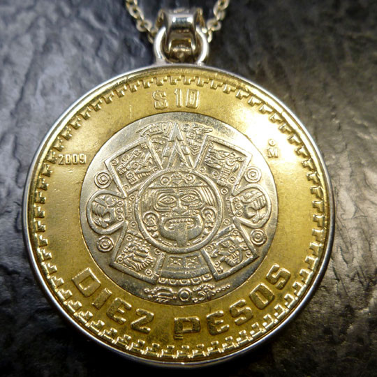 Parcel four aztec sun god coin pendant co 1472 mozeypictures Images