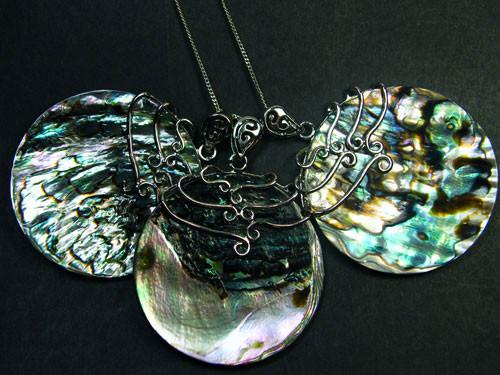 3 paua shell pendants aaa 1584 parcel 3 paua shell pendants aaa 1584 aloadofball Choice Image