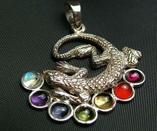 Elegant Lizard 7 Stone 925 Silver Pendant JW98