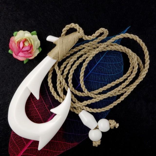 Large Maori Barbed Fish Hook Necklace, Bone Pendant Mens Surfer Hei Matau