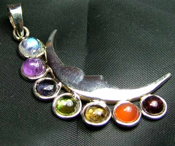 Exotic 925 Silver Handcrafted 7 Gemstone Pendant JW106