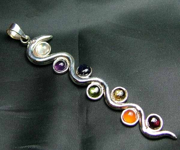 Exotic 925 Silver Handcrafted 7 Gemstone Pendant JW110