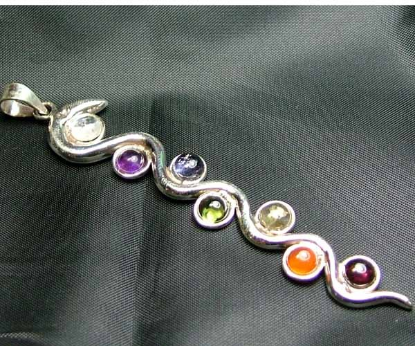 Exotic 925 Silver Handcrafted 7 Gemstone Pendant JW108
